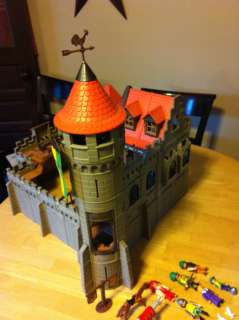 Playmobil 3666 Large Medieval Kings Castle Knights Castle Lot