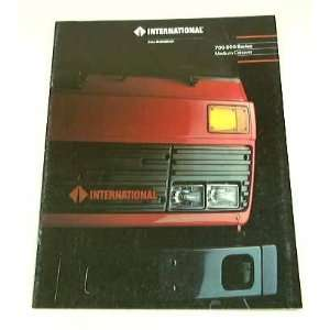 1989 89 International 700 900 Truck BROCHURE Navistar