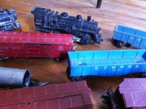 Vintage lionel American Flyer Train Cars Engines Tenders parts for