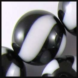 Large Round Plastic Beads BLACK & WHITE 17mm (15)