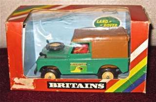 1980 BRITIANS 9571 Farm Land Rover 1:32 in box