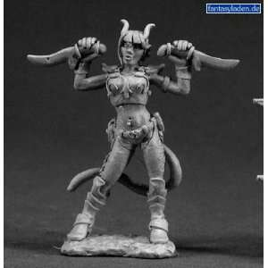 Tiviel, Female Demonic Rogue 03315: Toys & Games