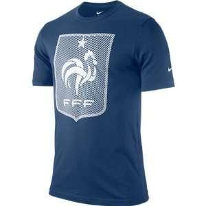 NIKE FFF CORE TEE (MENS) Sports & Outdoors