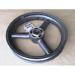 1995   1998 Suzuki GSXR 1100: Front Wheel: Automotive