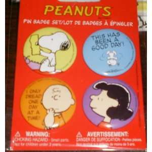 Peanuts Snoopy, Charlie Brown, Lucy Set of 4 Pin Badge Toys & Games