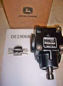John Deere Mower Deck Gear Box DE19068 54 60 part NIB