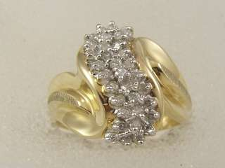 10 KT SOLID GOLD DIAMOND LADIES COCKTAIL CLUSTER RING