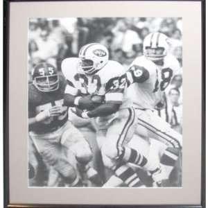 NY Jets Boozer #32 running vs Giants Black and White