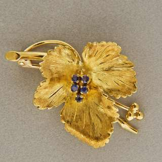 CO ITALIAN HAND TEXTURED 18K YELLOW GOLD .15CT BLUE SAPPHIRE LEAF PIN