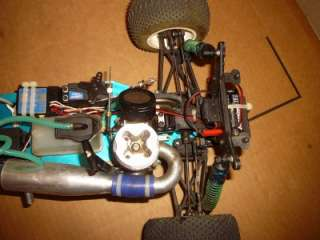 TEAM ASSOCIATED RC 10 GT PLUS R/C TRUCK WITH REMOTE CONTROL