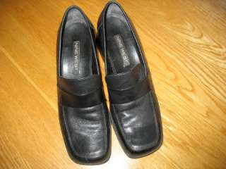 AUTHENTIC Womens Nine West Loafer Heels Black Leather Size 8M