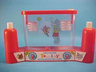 TOM AND JERRY BASKETBALL WATER GAME BOXED VINTAGE 1991