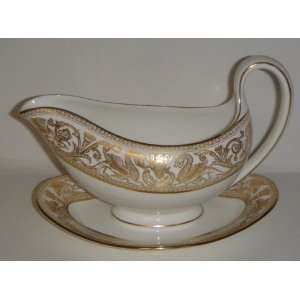 Gold W4219 Gravy Boat W/Attached Underplate