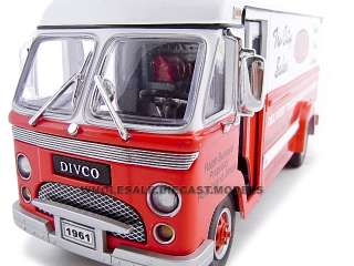 diecast model of 1961 Divco Step Van 70 die cast by Unique Replicas
