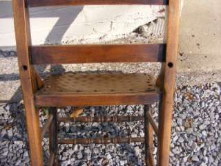 Se of 4 leaher seaed w/ meal suds SOLID WOOD dining chairs |