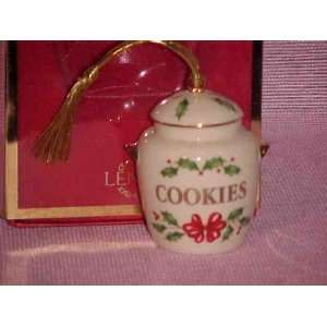 Lenox Holiday Cookie Jar Christmas Ornament NEW in Box