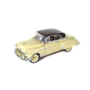 1950, 124 yellow) (color may vary)GM Chevrolet diecast car model