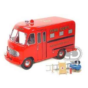 1950 Ford Step Van Fire Department 1/24 Red: Toys & Games