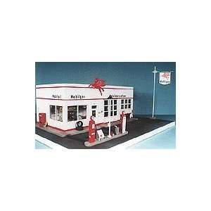 Valley O Scale 1940s Service Station Kit w/Gas Island Kit Toys