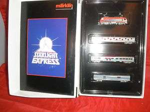 MARKLIN 8117 STARLIGHT Z SCALE TRAIN SET