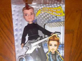 BRATZ BOYZ On The Mic Boy Doll THAD Shark w/ Guitar NIB